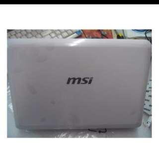 MSI U130