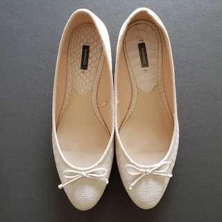 MANGO Flats Paula C Cream Belly Shoes