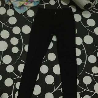 FREE ONGKIR ripped Jeans