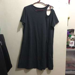 Long Tee With Shoulder Detail And Slit