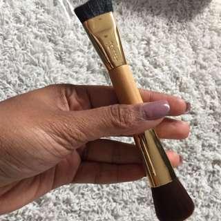 Tarte Contour Brush / Concealer Brush