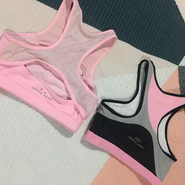 2 x Xs Lorna Jane Crop Tops