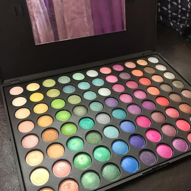 88 Ultra shimmer Palette