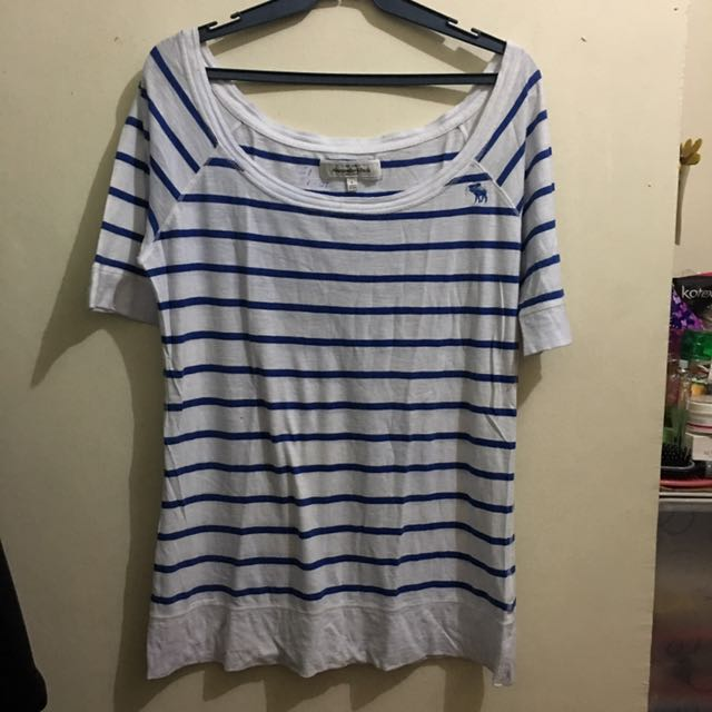 Abercrombie And Fitch Lose Semi Off Shoulder Top