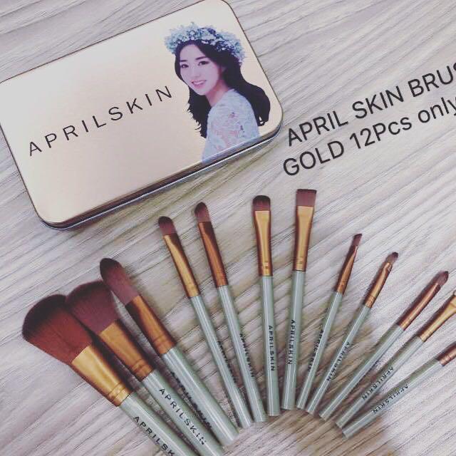Aprilskin Makeup Brush Set