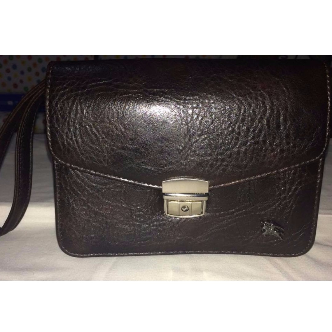 546b2c99cdad Authentic Burberry Blue Label Edition Clutch Bag Pure Leather 3rd ...