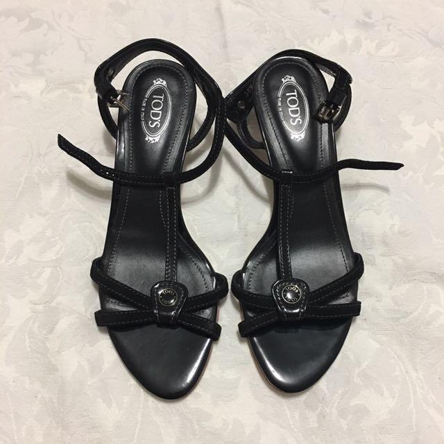 Authentic Tod's Tstrap Kitten Heel Sandals