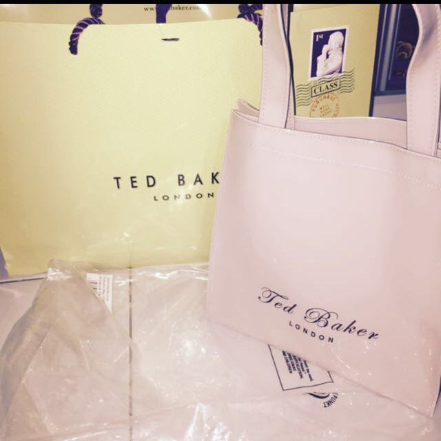Brand new (AUTHENTIC) Ted Baker Small Icon Bag