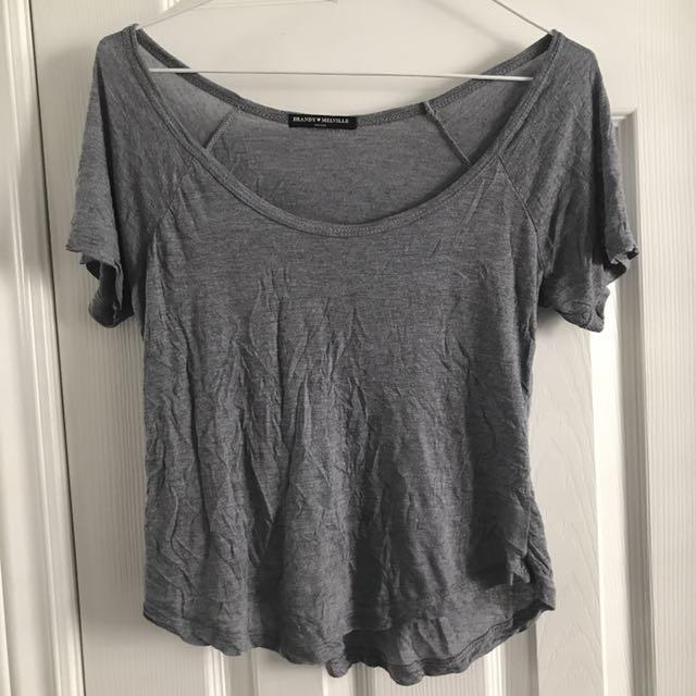 Brandy Melville Tshirt