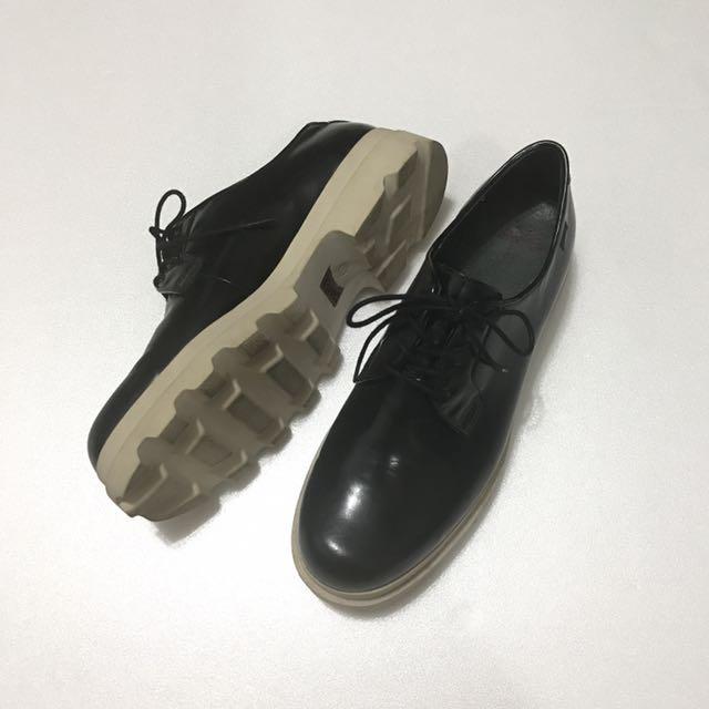 Camper設計款鞋