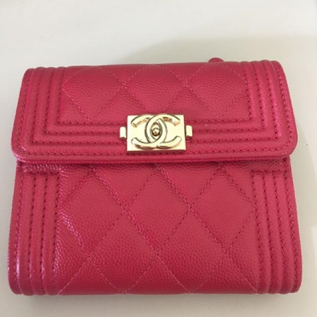 Chanel 桃紅boy淡金釦 牛皮 短夾