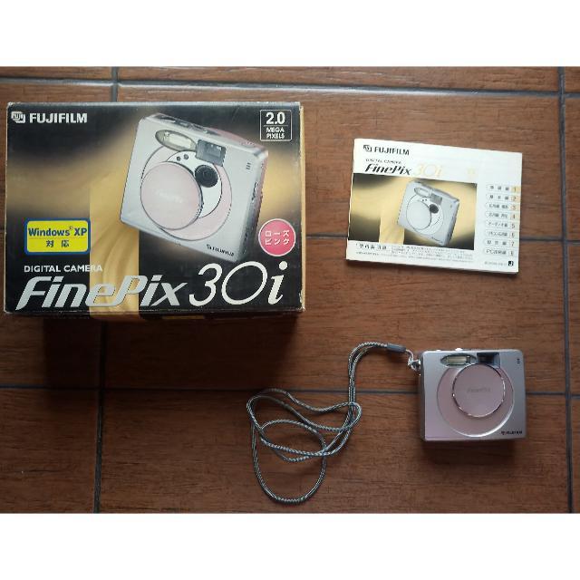 Fujifilm FinePix 30i Digital Camera