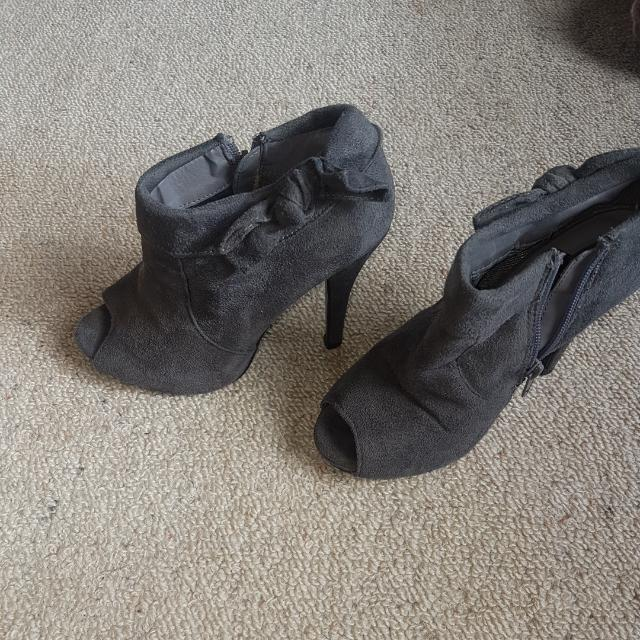 PRICE DROP..Grey Ankle High Heels