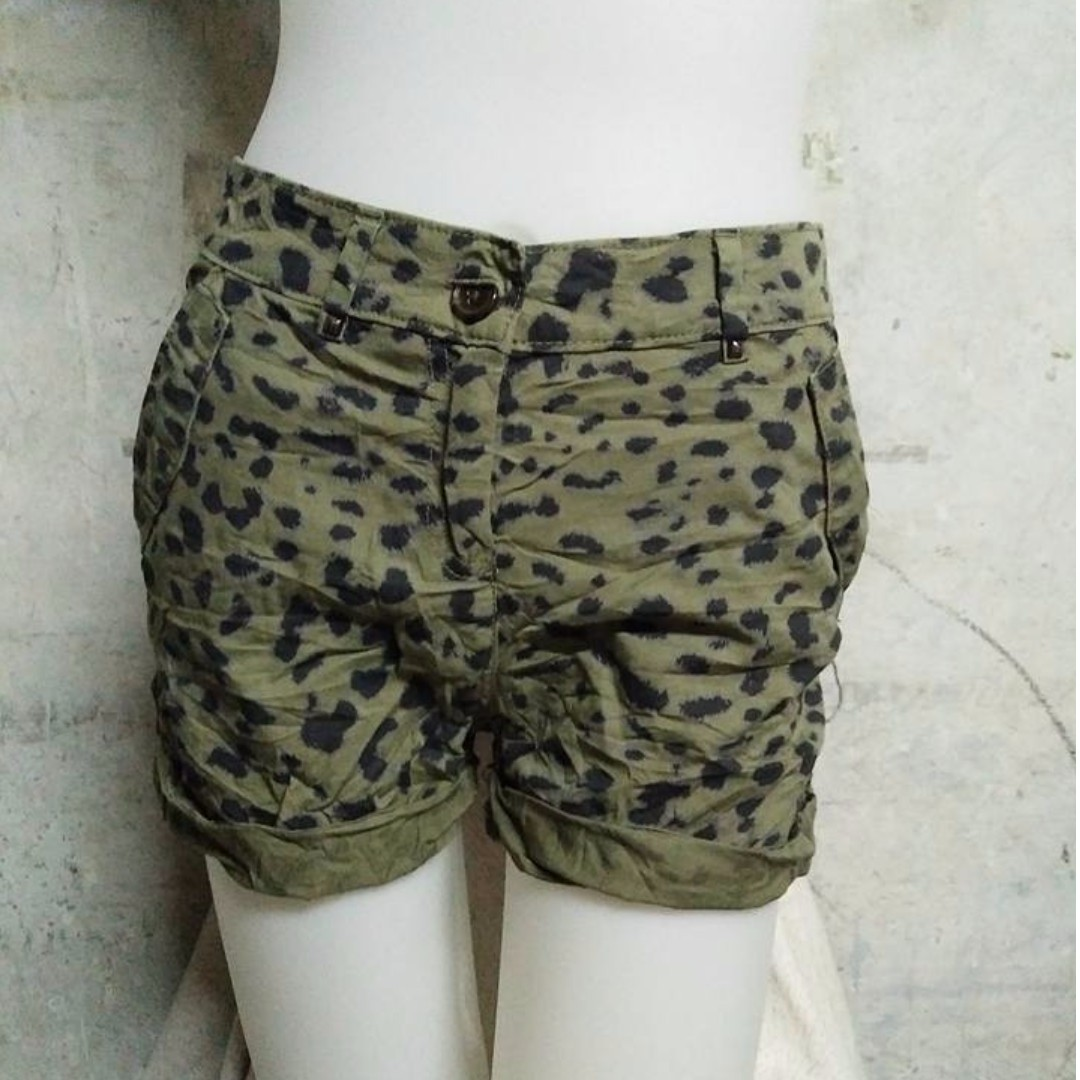 H&M Army Green Leopard Print Short