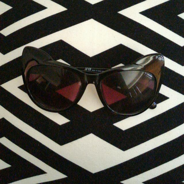 H&M Black Cat Sunglasses