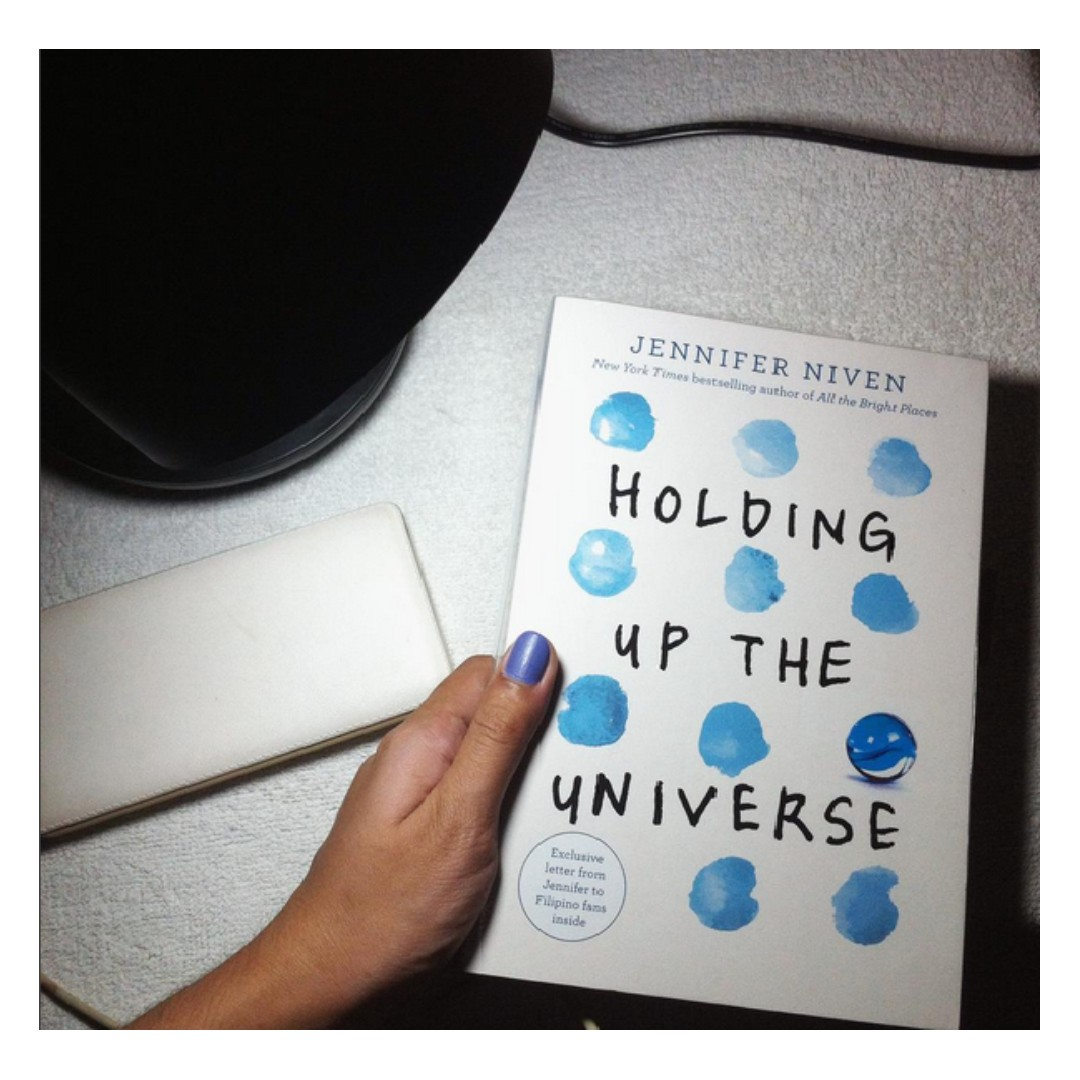 Holding Up the  Universe (9.9/10 condition)