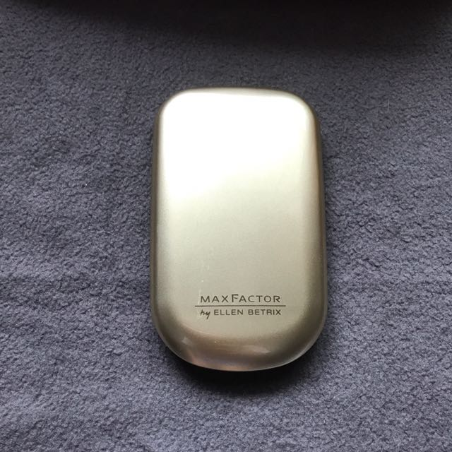 Max Factor Facefinity Compact Make-up