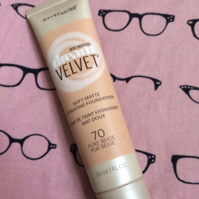 REPRICED! Maybelline Dream Velvet 70 Pure Beige. Used three times. Bought from US. Price @ 200 + shipping fee.