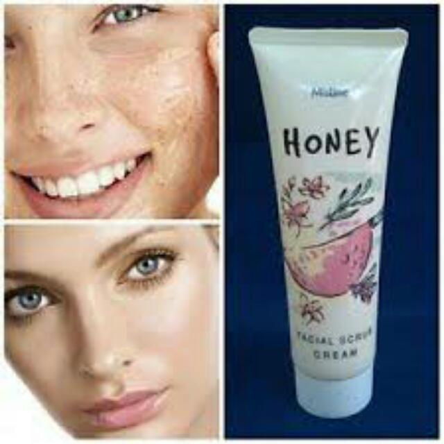 Natural Honey Facial Scrub Mistine (On Hand)