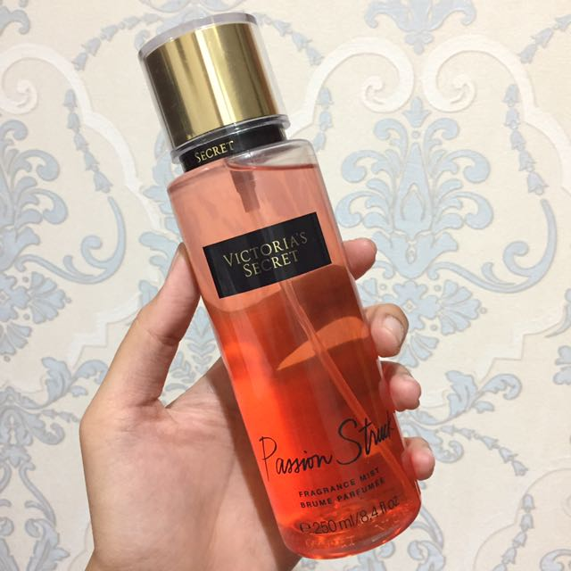 [REPRICE] NEW - Victoria's Secret Passion Struck Fragrance Mist
