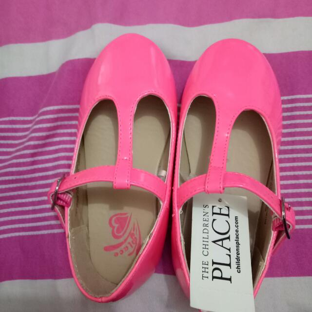 place shoes from u.s.