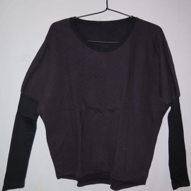 PRELOVED BLACK LONGSLEEVE SHIRT