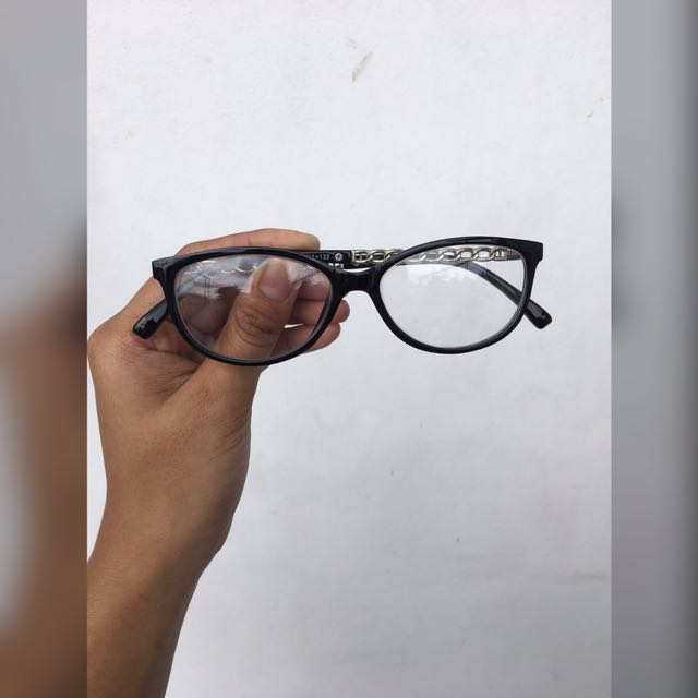 Replaceable Lens Glasses