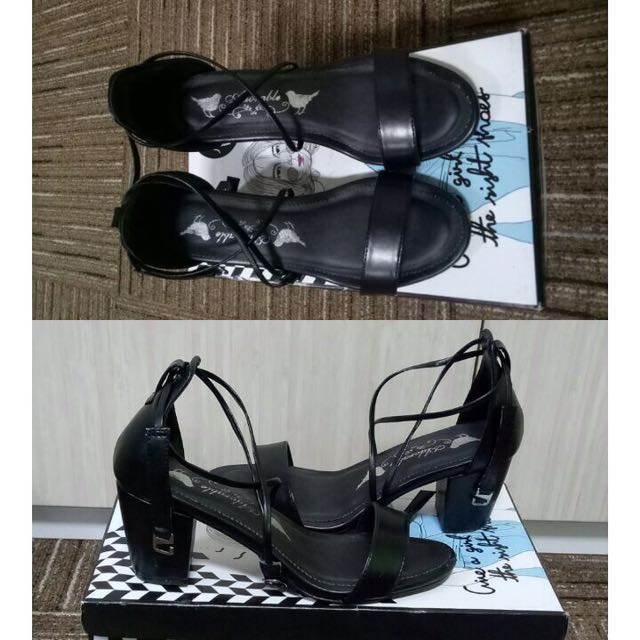 Sepatu Heels Hitam (custum Adorable Project)