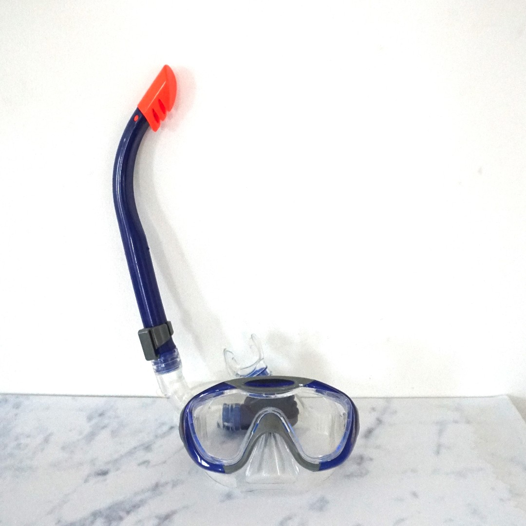 Snorkle speedo