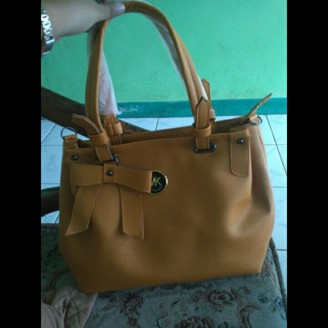 Tas MK NEW bahan Kulit Sintetis Good Quality