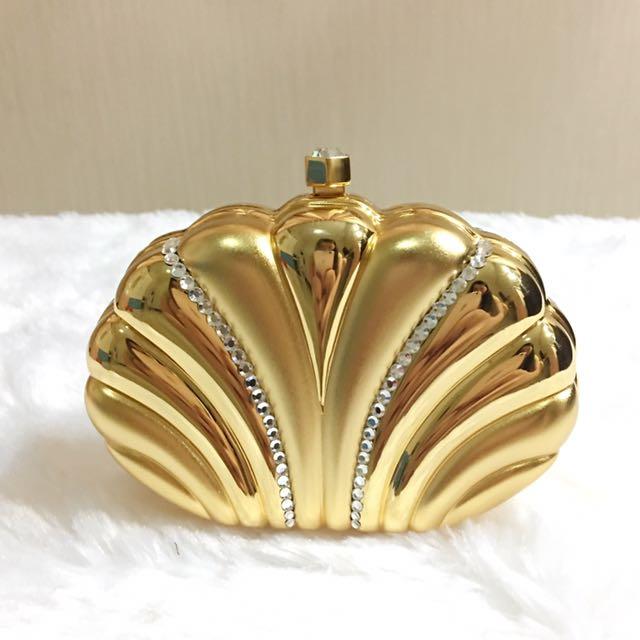 Tas Pesta Wanita Gold