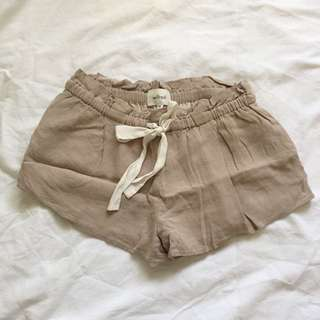 Aritzia Shorts: Wilfred Montrouge Shorts