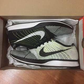 Nike Flyknit Racer Ocra Volt US 10.5