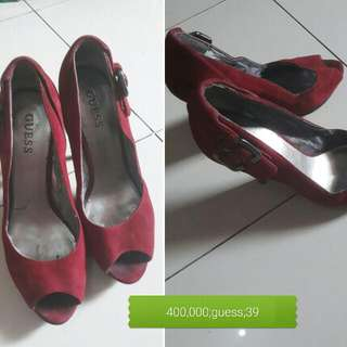Preloved Guess Shoes