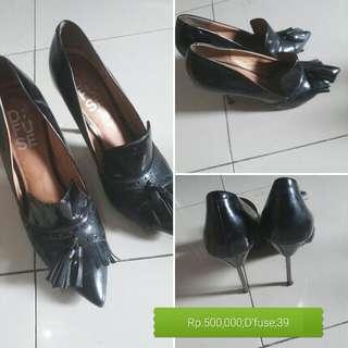 Preloved D'Fuse Shoes