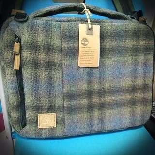 Timberland 名牌純羊毛筆電包
