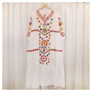 復古民族圖騰刺繡洋裝 白色