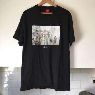 Visual Men's Large T Shirt