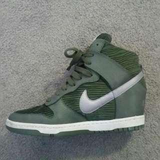 Nike Dunk Sky High wedge heel sneakers - US size 9 - As New - RRP $159