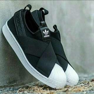 二手 Adidas 黑色繃帶鞋 24.5