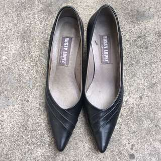Rusty Lopez - Pointed Black Shoes