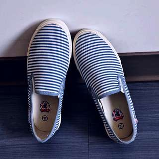 全新藍白橫間條紋帆布鞋 懶人鞋