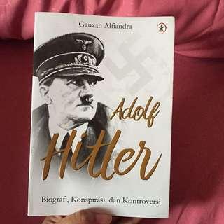 Buku Tentang Adolf Hitler