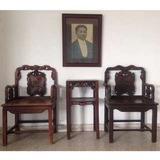 Antique 1920s Chinese 'Suan Zhi' Black wood Armchairs and Marble Top sidetable