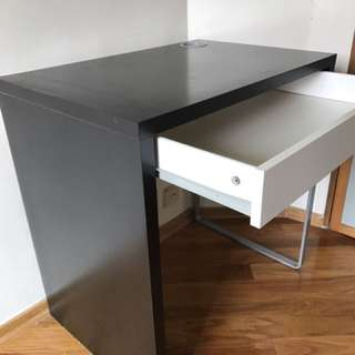 Computer Desk In Great Condition