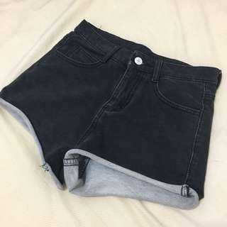 (免運)黑色牛仔短褲