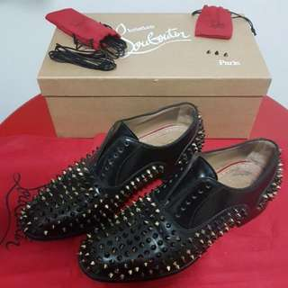 Authentic CL Bruno Spikes Men' Flat No trades