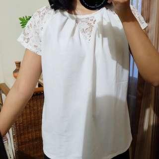 Vanisimo - White lace top