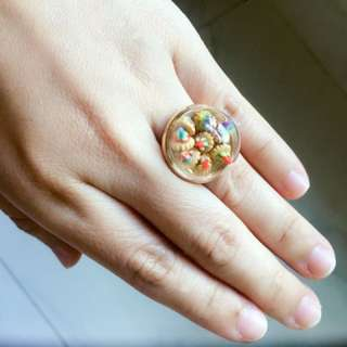 Globe Ring Mini Iced Gem Biscuits