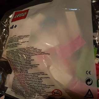 Lego Nonya Kueh set